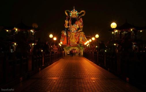 kaohsiung-lotus-pond
